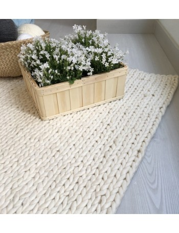 NORDICA - braided white carpet 140x200