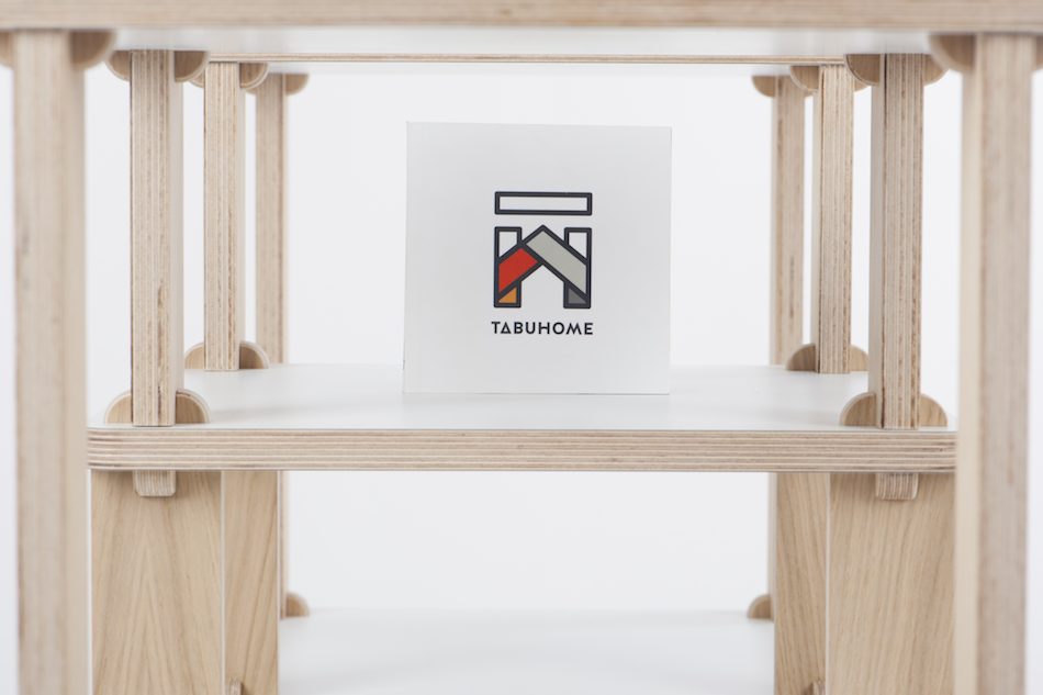 TABUHOME presents the TABU TECA, modular shelving that mounts without tools